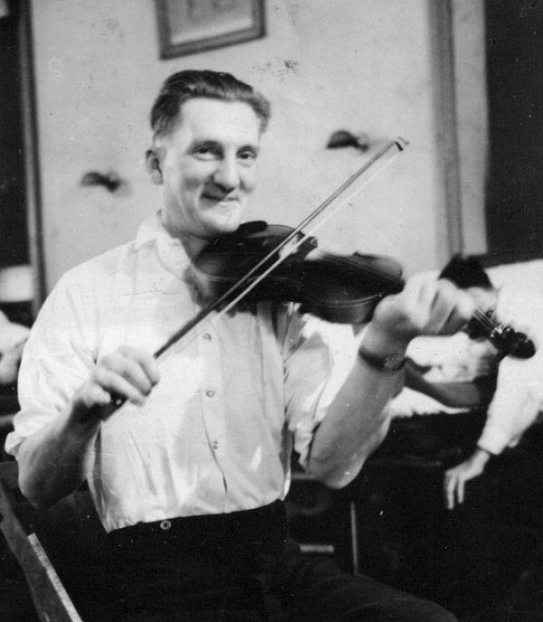 Photo of Elroy Buchanan