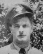 Photo de Archie Whitelaw – Dans la mémoire des élèves de l'école technique de l'Ouest, Toronto qui a servi durant la Seconde Guerre mondiale et ne sont pas revenus.   Soumis pour le projet, Operation: Picture Me.