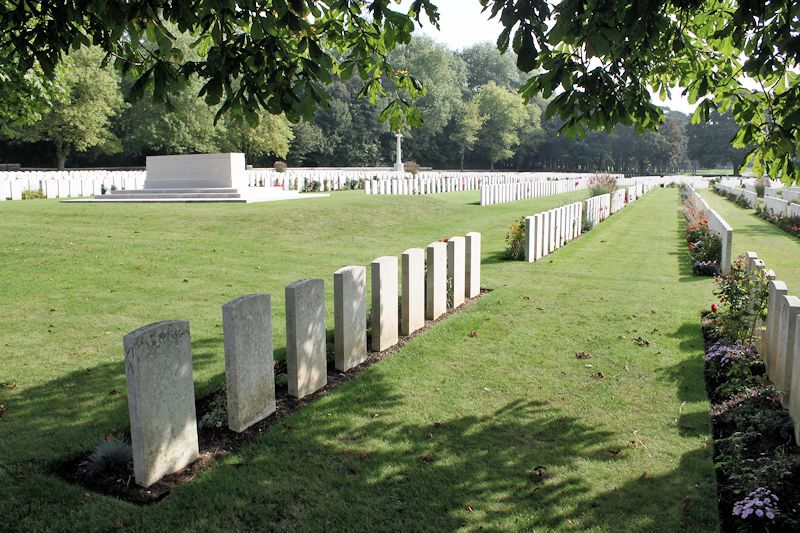 Cemetery– Canadian Cemetery No. 2 - The Canadian Cemetery No. 2 is located on Vimy Ridge and is part of the grounds of Canada's Vimy Memorial. The cemetery is about 6 kilometres north of Arras, France.(John & Anne Stephens 2013)