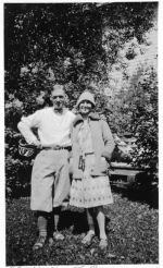 Family Photo– Harry's sister Isabelle (Belle) and her husband Stan Westmacott in Winnipeg, Manitoba
