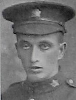 Photo de Charles Crossley – Tribute at http://21stbattalion.ca/tributeac/crossley_cf.html