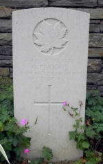 Grave Marker– Gravestone. Photo by Simon Godly and submitted by BGen G Young 15th Battalion Memorial Project.  DILEAS GU BRATH
