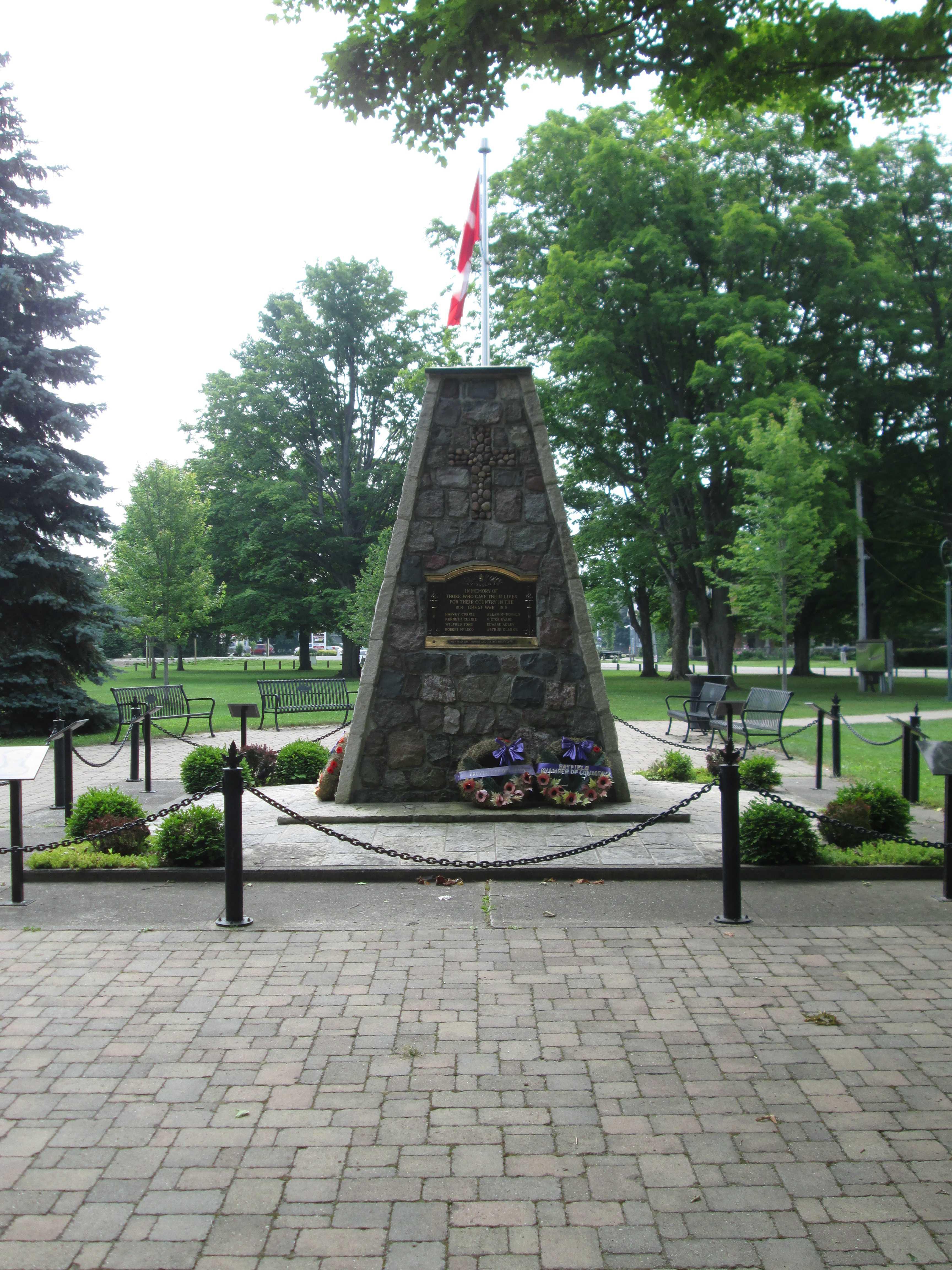Mémorial – Bayfield, Ontario