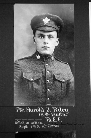 Photo of Harold Joseph RILEY– (1897-1918) KIA