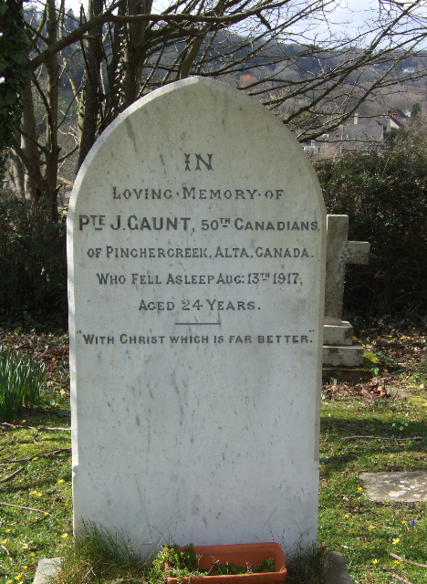 Grave Marker– Photo of Pte Gaunt's headstone.