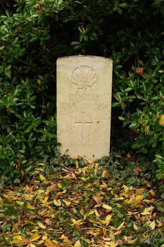 Grave marker– Grave of Harry Arthur Taylor
