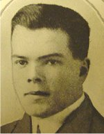 Photo of Robert Summerscales– University of Manitoba Roll of Honour 1914-1918.  Winnipeg, 1923. Roll of the Fallen (pg. 25) - SUMMERSCALES, Robert Wilfred:  Eng. '17; Enlisted 4-11-15; Spr. C.E.; Service in France; Died of wounds 8-6-17.