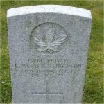 """Grave marker– Grave of 75261 Edward John Henderson who served with the 29th Battn. C.E.F. Born in Edinburgh Scotland on Oct. 28th 1884.  He enlisted at Vancouver BC on Nov. 18th 1914 listing prior military service of 10 years in the Royal Scotts. He listed his occupation as """"Cook""""  He died at Vancouver BC on Oct. 31st 1918 at the age of 34."""