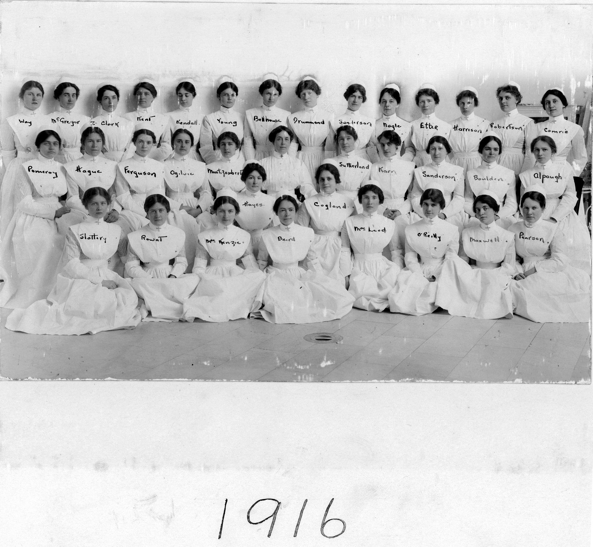 Graduating class of 1916
