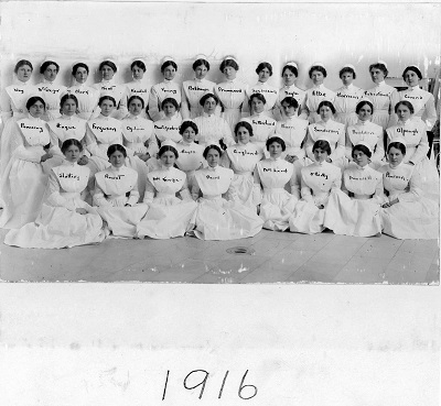 Graduating class of 1916– Graduate Class of the Royal Victoria Hospital School of Nursing, 1916. Photo Credit: MUHC Archives and Special Collections Service. 2011-0002.04.677.  Nurse Alpaugh can be found in the second row on the far right.
