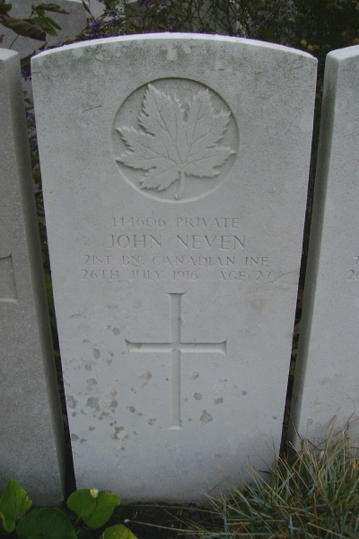 Grave Marker– Grave Marker - Lijssenthoek Military Cemetery … photo courtesy of Marg Liessens