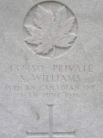 Grave Marker– Grave of Pte S Williams 15th Bn (48th Highlanders of Canada), Lijssenthoek British Military Cemetery, Belgium. Dileas Gu Brath.  Photo by BGen G Young 15th Bn Memorial Project Team 11 Nov 09.
