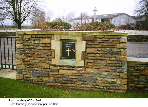 L'entrée au cimetière de Dickebushe