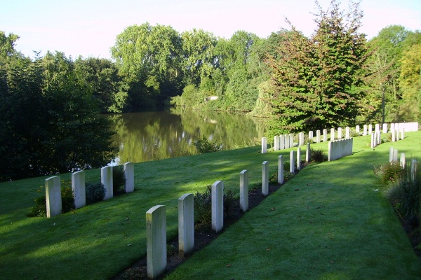 Cemetery– Ramparts Cemetery (Lille Gate) … photo courtesy of Marg Liessens