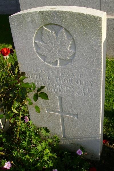 Grave Marker– Passchendaele New British Cemetery … photo courtesy of Marg Liessens