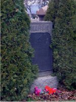 Monument– Lt. James Webster March is remembered on the Marsh family memorial, Hamilton Cemetery, Hamilton, Ontario.