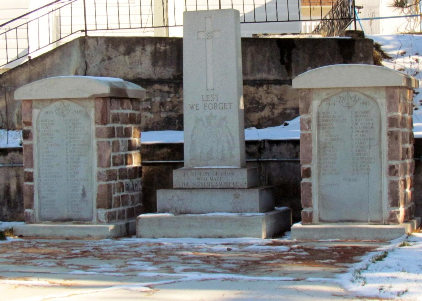 Cenotaph Cobalt Ontario– Cenotaph, Major Edward J Holland Memorial Park, Cobalt Ontario, Photo by Ken Riley