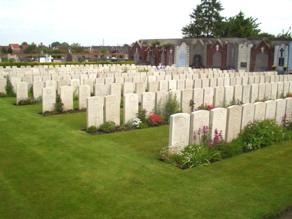 Noeux-les-Mines Communal Cemetery