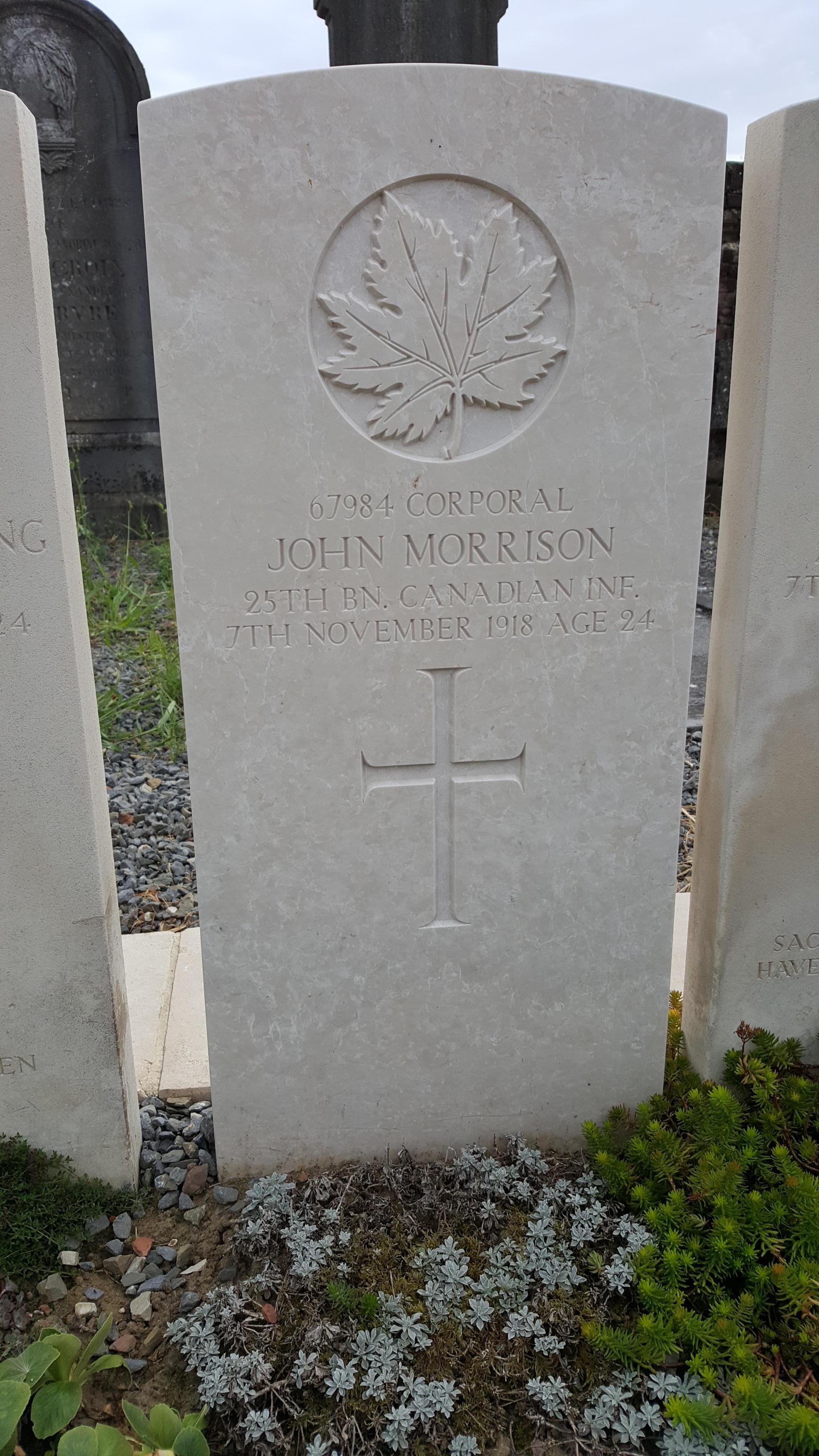 Grave marker– Photo prise par Alain Rosman le 16 août 2020 au cimetière d'Elouges en Belgique.