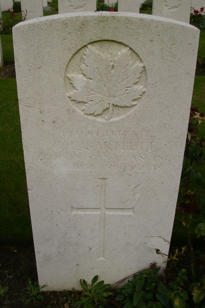 Grave Marker– Grave marker, Railway Dugouts Burial Ground, photo courtesy of Marg Liessens.