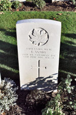 Grave marker– The grave marker at the Railway Dugouts Burial Ground Cemetery located approximately 3 kilometres to the south of Ieper, Belgium. May he rest in peace. (J. Stephens 2010)