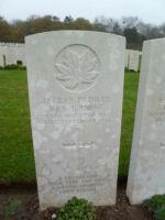 Grave Marker– Private Howe's Grave at Etaples