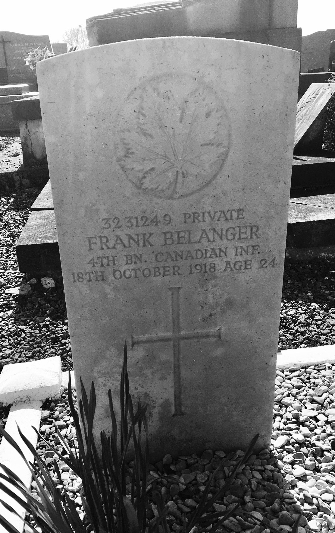 Grave Marker– Headstone for Private Frank Belanger in PECQUENCOURT COMMUNAL CEMETERY ; Nord, France