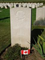 Grave Marker– Grave marker of Henry Louis Loaring at Lapugnoy