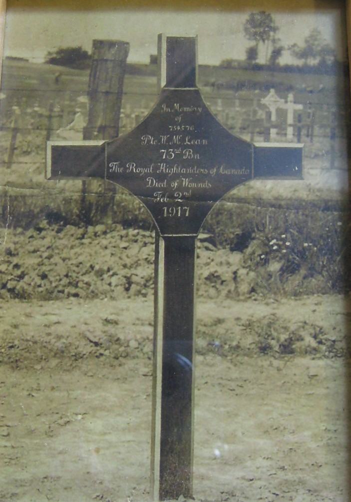 Temporary Grave Marker– The original marker for Private John McLean. Photo provided by Padre Phil Miller, Br. 25, RCL, Sault Ste. Marie, Ontario. We Will Remember Them.