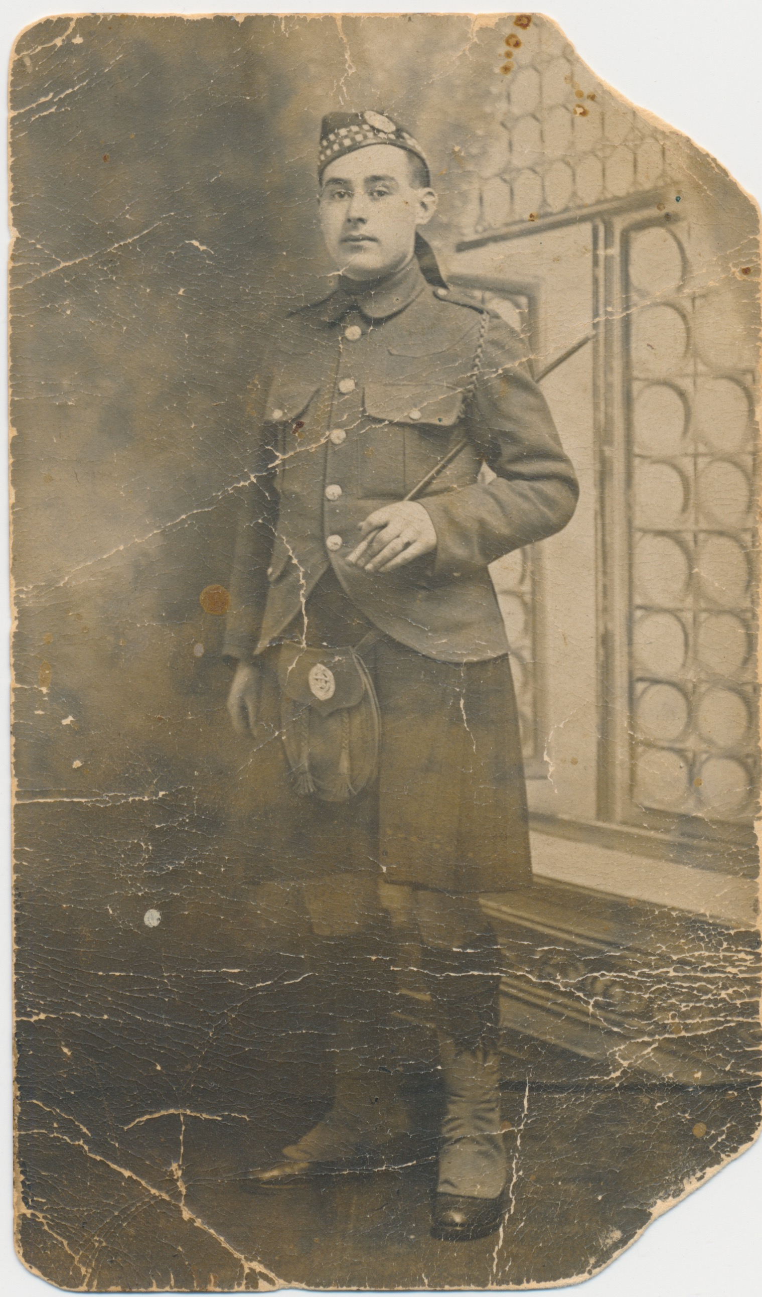 Photo of Thomas Henry Price (Harry)– Thomas Henry Price (Harry) in full dress uniform