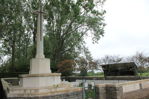 Givenchy-en-Gohelle Canadian Cemetery
