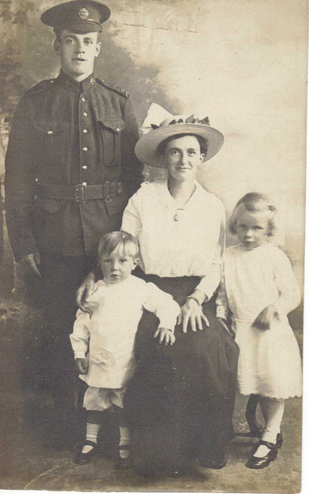 Family Photo– William Sharrocks and his  Wife Ellen  Sharrocks + plus children , he was born in Milnrow, Rochdale, Manchester in 1885 died in 23rd Jan 1917