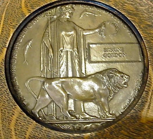 Medallion– Medallion (death) of Lt. Erskine GORDON