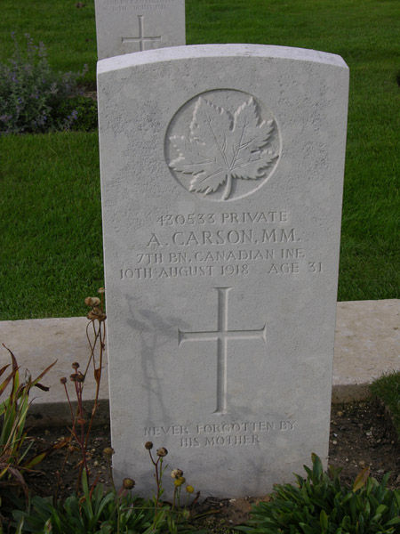 Grave marker– Image courtesy of W.R.P.F. Visit to France and Flanders: September 2013.
