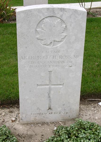 Grave Marker– Image courtesy of WRPF. Visit to France and Flanders: September 2013.
