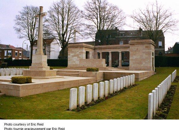 L'entrée du cimetière Valenciennes (St. Roch)