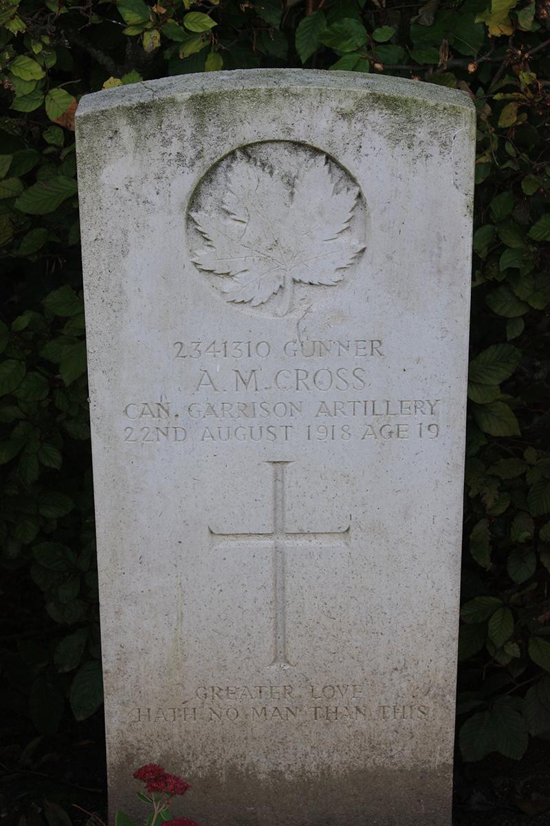 Grave Marker– Gravestone of Alfred Morrey Cross. Photo by Pierre Vandervelden