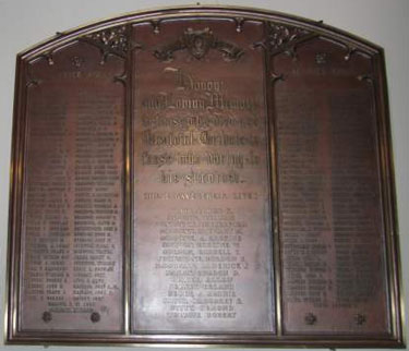Memorial– A memorial tablet at St Andrew's Church in Ottawa is dedicated to the members of the Congregation who served and those lives sacrificed in World War I.