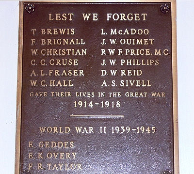 War Memorial– This hall was built by local citizens including some First World War veterans and was dedicated in a ceremony on 11 November 1922. Mrs. Sybil Taylor, the mother of one of the dead, unveiled the plaque located inside the hall in November 1971.