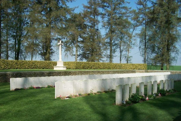 Cemetery– Hawthorn Ridge Cemetery #2 … photo courtesy of Marg Liessens
