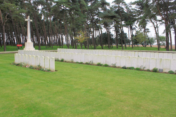 Givenchy Road Canadian Cemetery