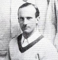 Photo de Robert Powell – Il a été membre de l'équipe canadienne de tennis à la Coupe Davis en 1913. Robert Branks POWELL est assis.