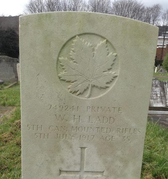 Grave marker– Grave of Wilbur Hiram Ladd at Ocklynge Cemetery, Eastbourne