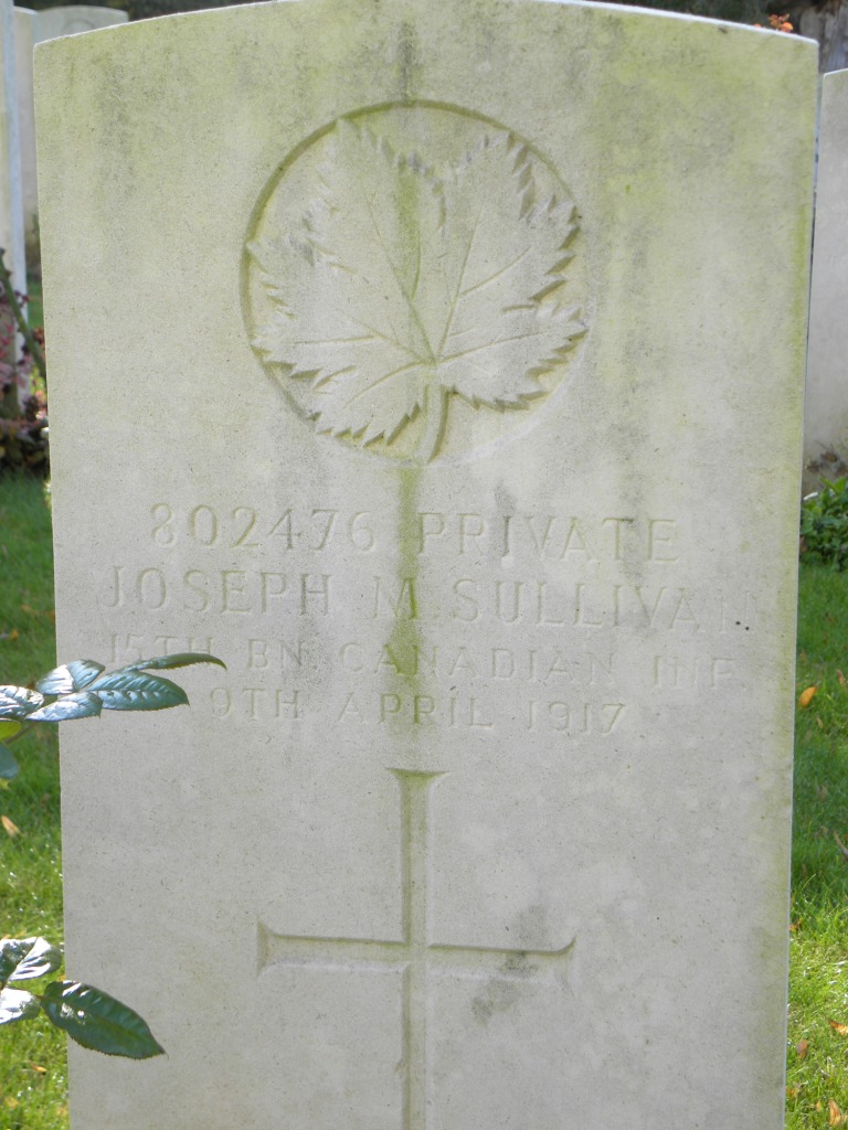 Grave Marker– Photo by BGen (ret`d) G. Young, submitted by Capt (retd) V. Goldman 15th Bn Memorial Project.  DILEAS GU BRATH