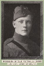 Photo of Alan McLeod– Source: CANADA IN THE GREAT WORLD WAR.  Vol. VI Special Services / Heroic Deeds. United Publishers of Canada Limited, Toronto, 1921.