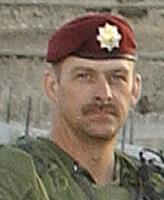 Photo de Robert Alan Short – Le Sergent Alan Short servant dans le 3e Bataillon, Royal Canadian Regiment (Gp Bon 3 RCR), à Kaboul, en Afghanistan. Photo : Caporal-chef Brian Walsh, photographe du Gp Bon 3 RCR