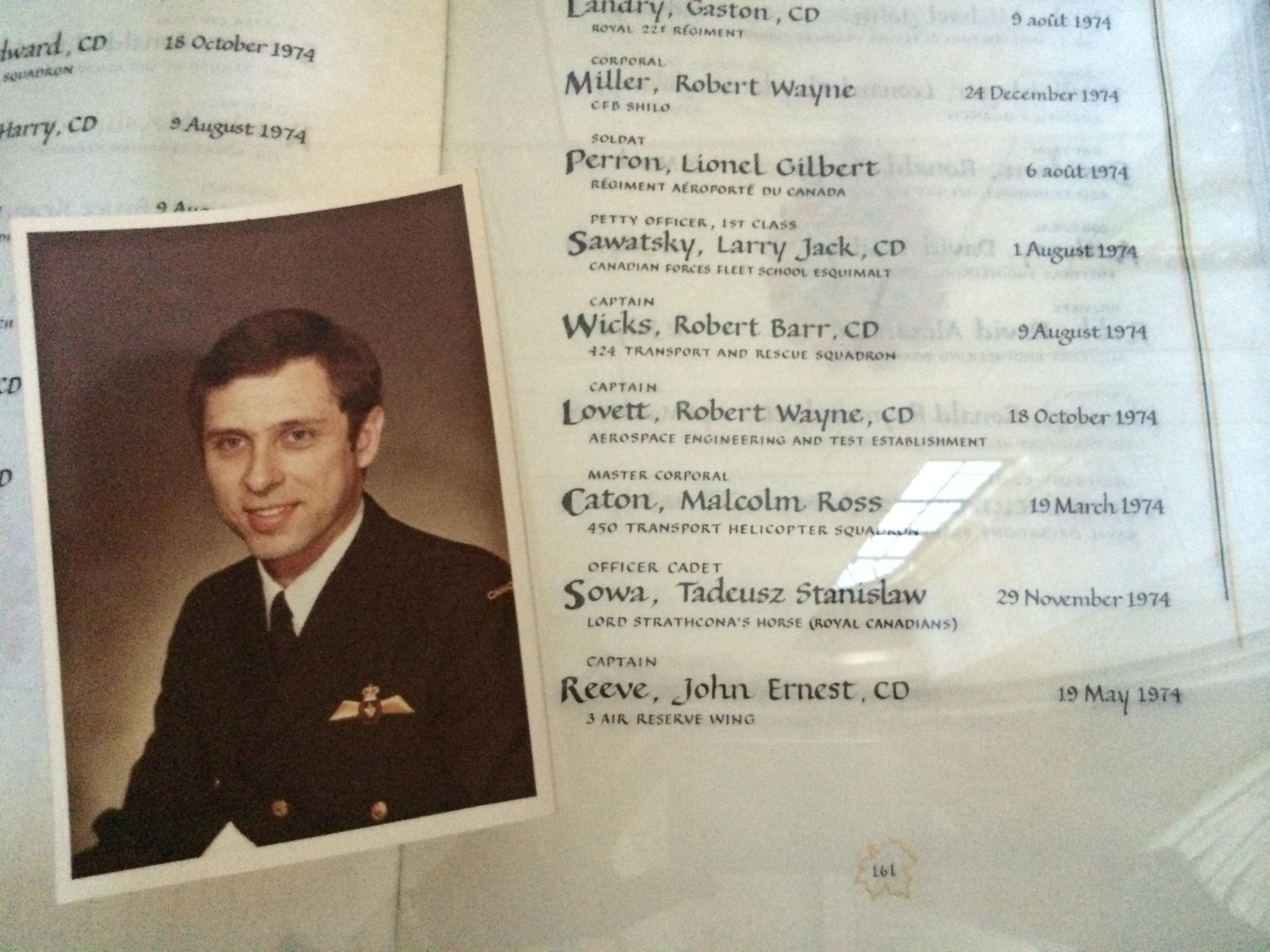 Photo of ROBERT WAYNE LOVETT