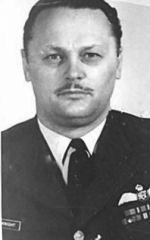 Flight Lieutenant Ian William McKnight– Flight Lieutenant Ian William McKnight in service uniform.