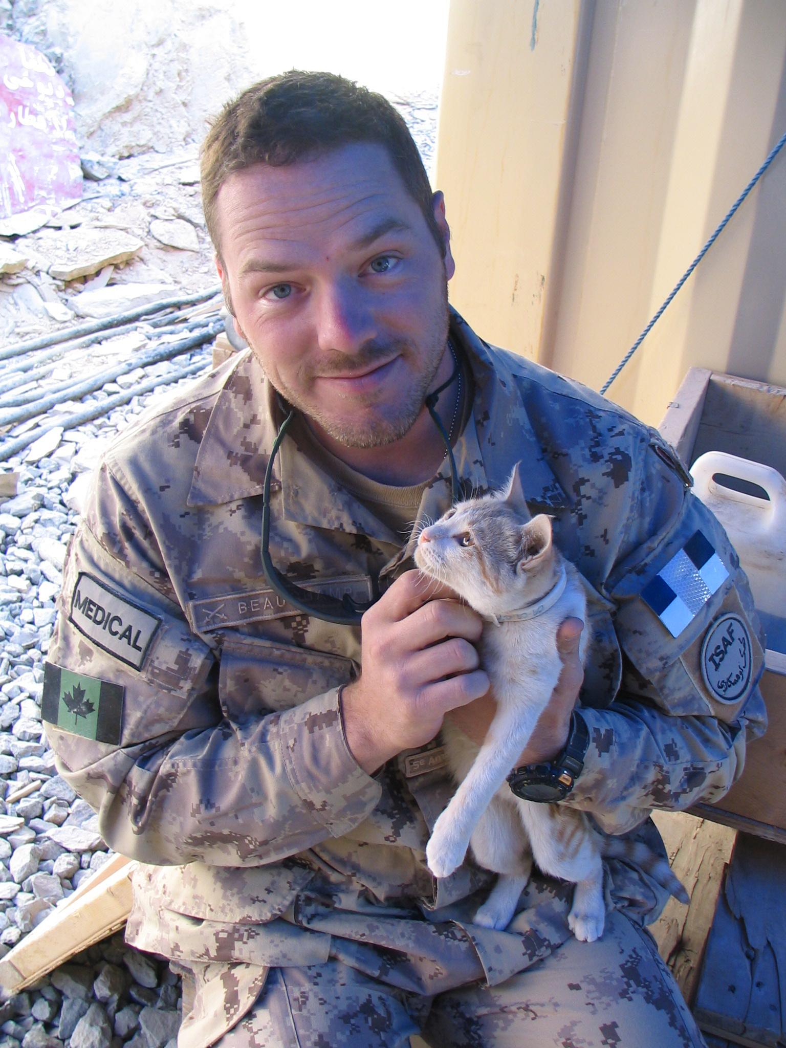 Photo de Nicolas Raymond Beauchamp – Photographie prise à Kandahar lors d'une visite de Nicolas entre 2 déplacements.