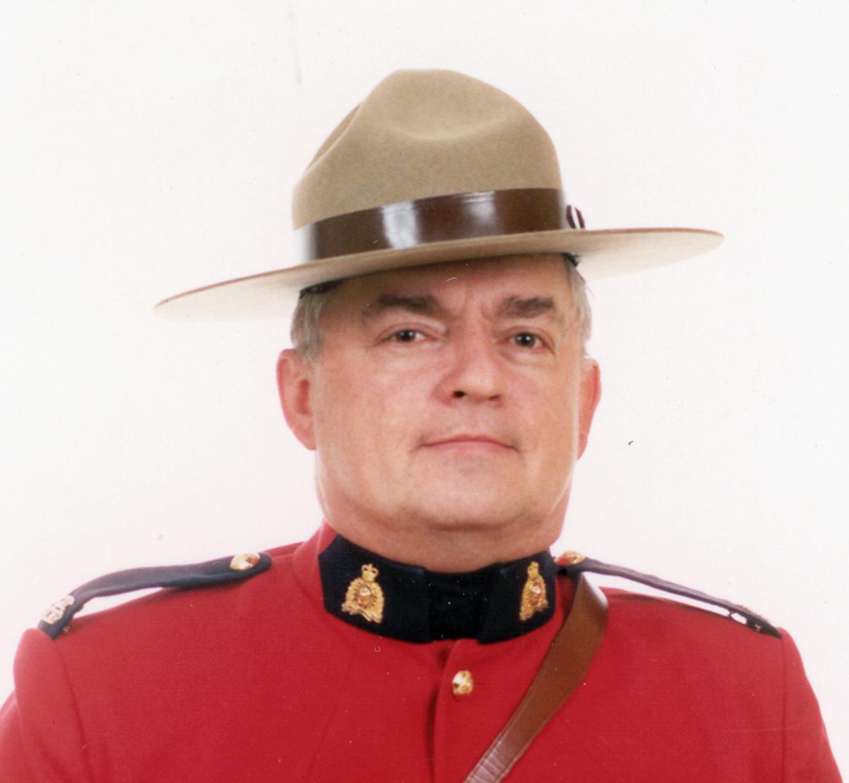 Sergent Derek Cameron Burkholder – © Sa Majesté la Reine du chef du Canada représentée par la Gendarmerie royale du Canada